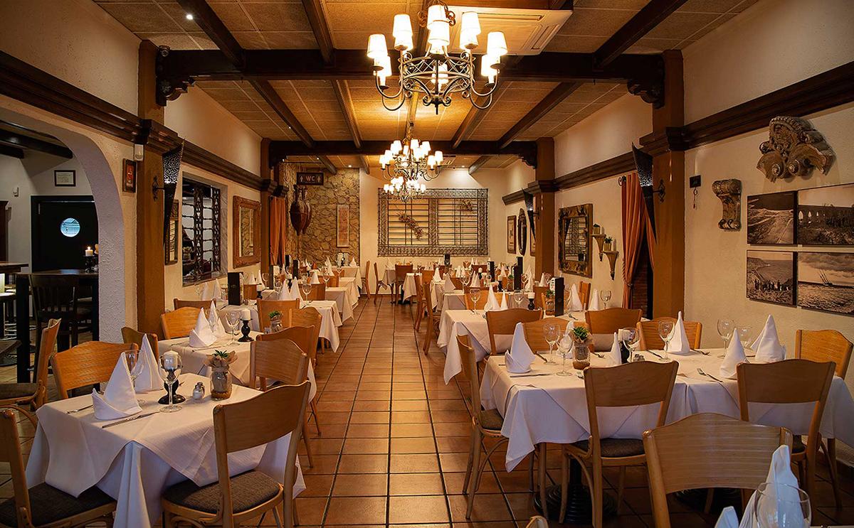 Christmas restaurants, Alejandro´s Bar Restaurante