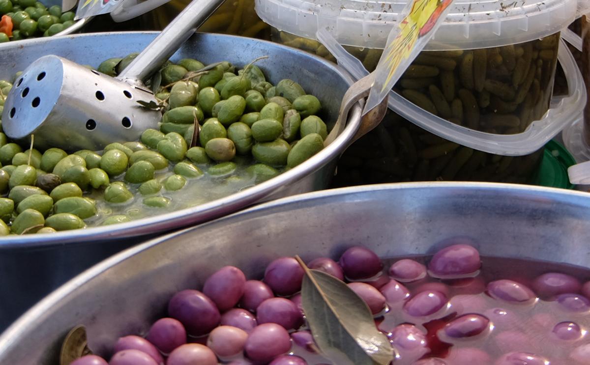 Things to do Orihuela Costa, Playa Flamenca street markets
